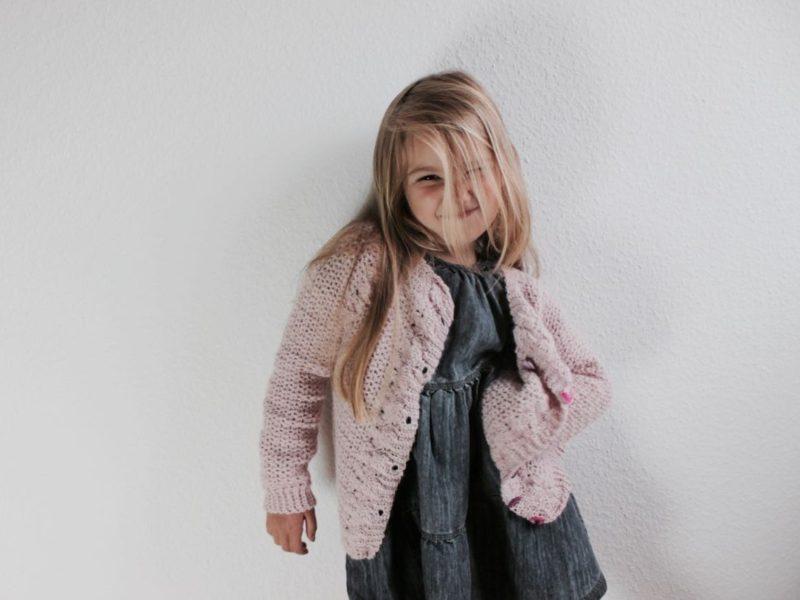 Hæklet cardigan til piger