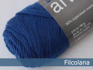 Filcolana Arwetta Classic. Farve: 144 Deep Ultramarine